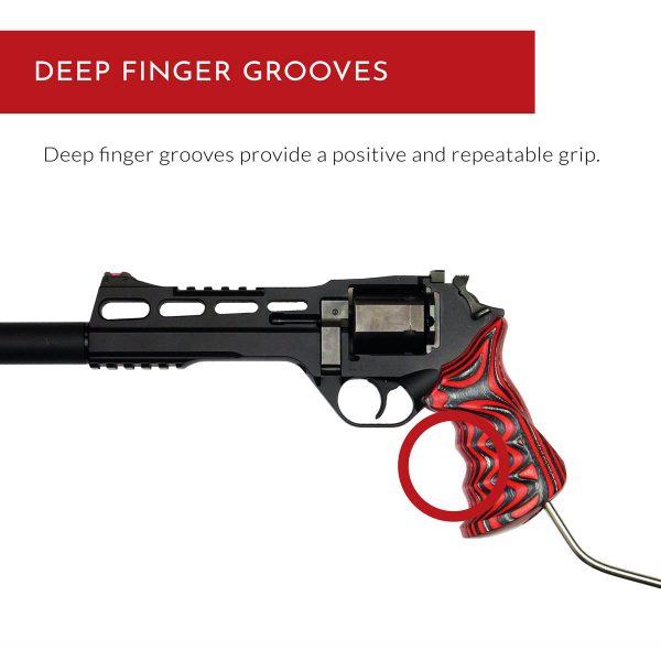 Chiappa Rhino Grips LBR - Deep finger grooves